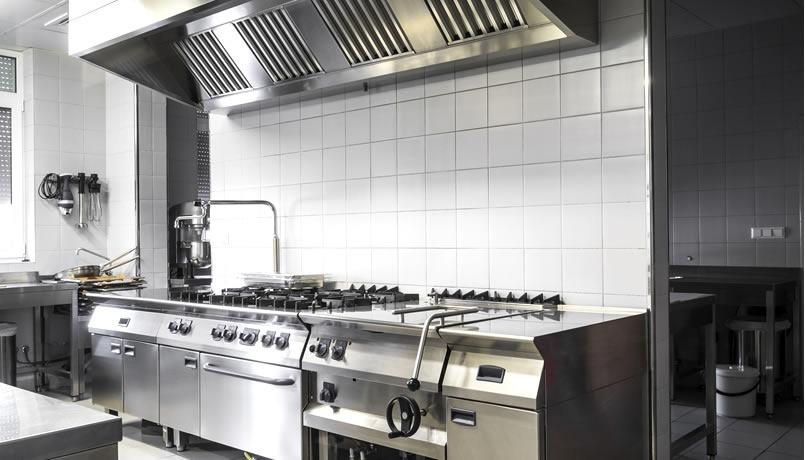 ¿Qué no debe faltar a la hora de equipar una cocina industrial?